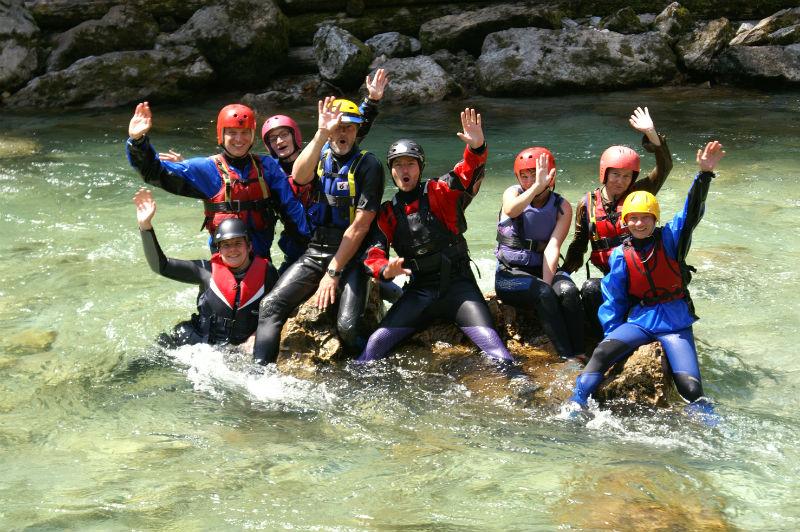 Kajakkurs Garmisch Gruppe im Wasser